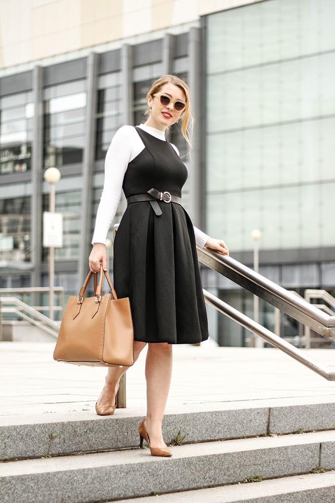 efc5e0c3d9c1 ŠATY Z FOTIEK  SHATY – Čierne koktejlové midi šaty